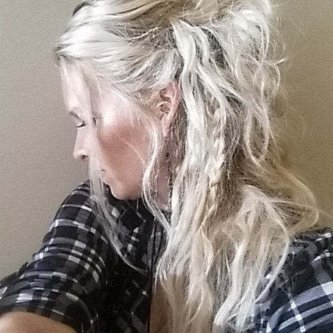 Cute hair Tuesday this is getting a little more hippie wild later in the day. Cute pony tail buns with braids couldn't wait to post. #stoppedhalfwaycauseitwascute #pony #braidstyles #hippie #hairlove #Shantellhair . @beyondtheponytail @braidedlifestyle @hotforbeauty @behindthechair_com